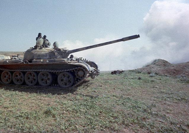 Tanque sírio T-55 (imagem referencial)