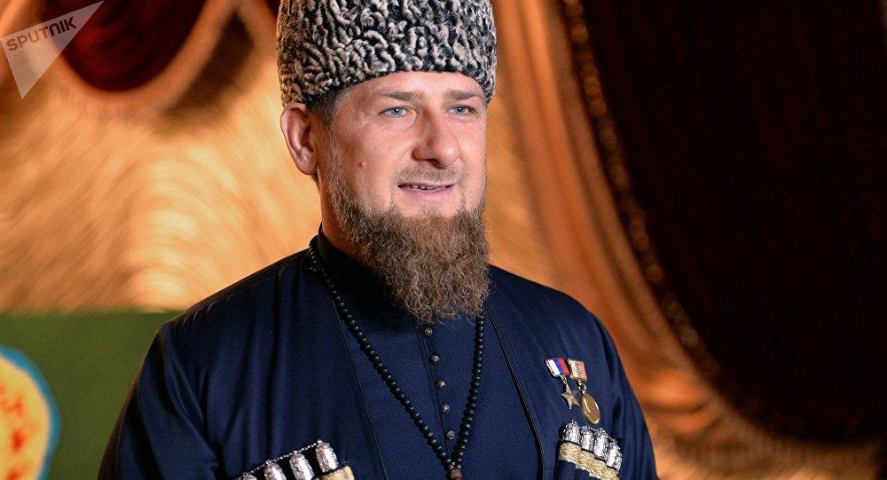 Ramzan Kadyrov presta juramento como chefe da República da Chechênia (foto de arquivo)
