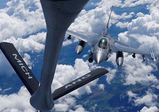 Caça F-16 da OTAN