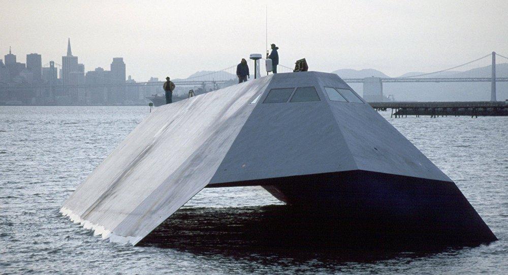 Navio furtivo Sea Shadow (IX-529)