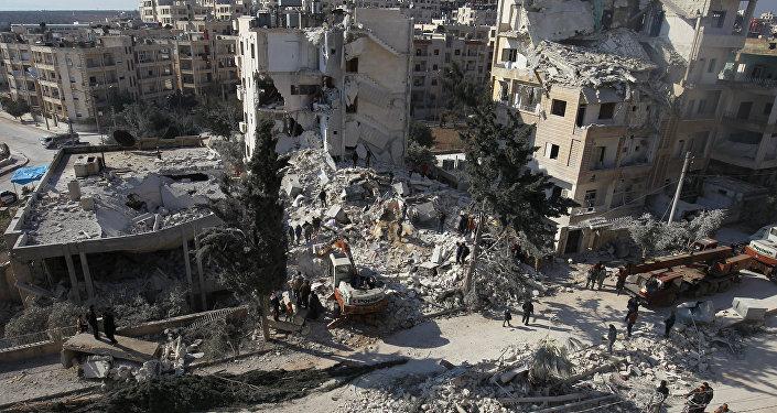 Consequências dos ataques aéreos na cidade síria de Idlib