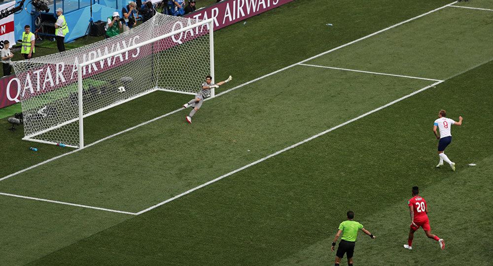 Harry Kane marca pela Inglaterra em partida do Grupo G da Copa do Mundo da Rússia 2018