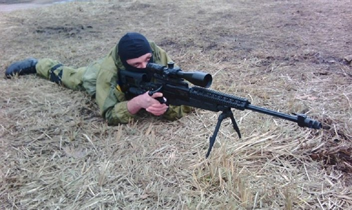 Base de formação e treinamento do regimento Azov no território da fábrica Atek, em Kiev. Sergei Sanovsky