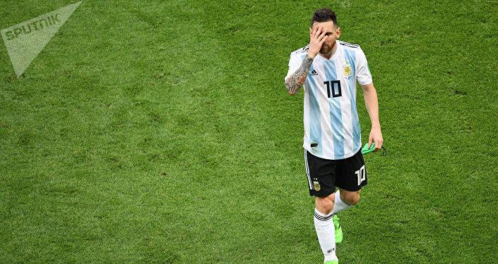 Lionel Messi, craque da seleção argentina, lamenta derrota para a França