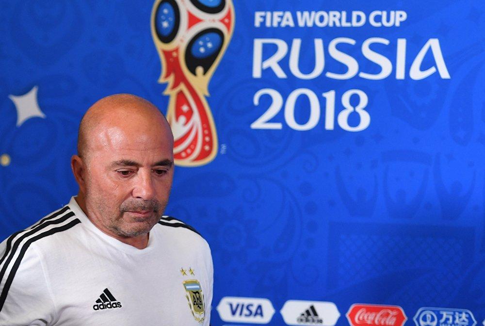 O técnico da Argentina, Jorge Sampaoli, em coletiva de imprensa após a partida.
