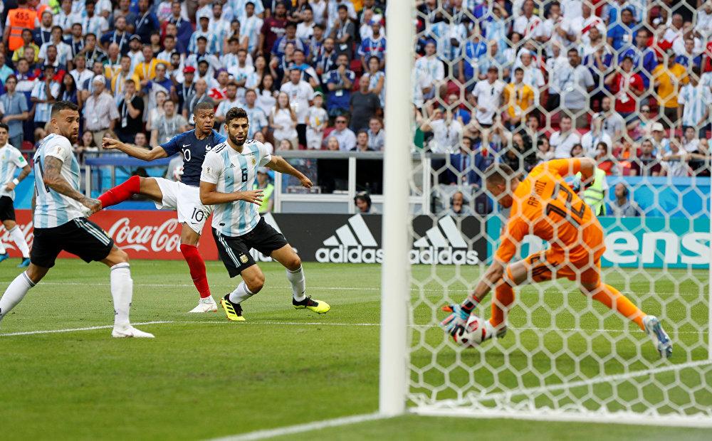 Os franceses venceram em grande partida de Kylian Mbappé.