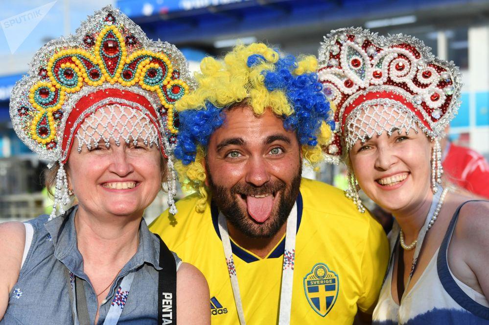 Fãs esperam o início da partida entre Alemanha e Suécia na Copa do Mundo 2018