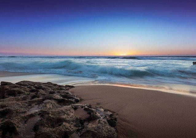Praia (imagem ilustrativa)