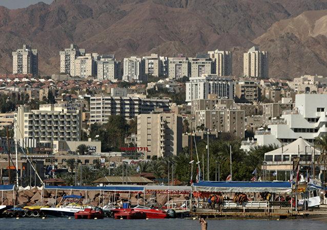 Vista da cidade resort de Eilat observada da fronteira com o Egito, 30 de janeiro de 2007 (foto de arquivo)