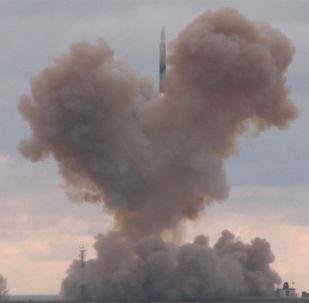 A velocidade máxima do míssil Avangard, dotado de um corpo de titânio resistente às altas temperaturas, supera 20 vezes a velocidade do som