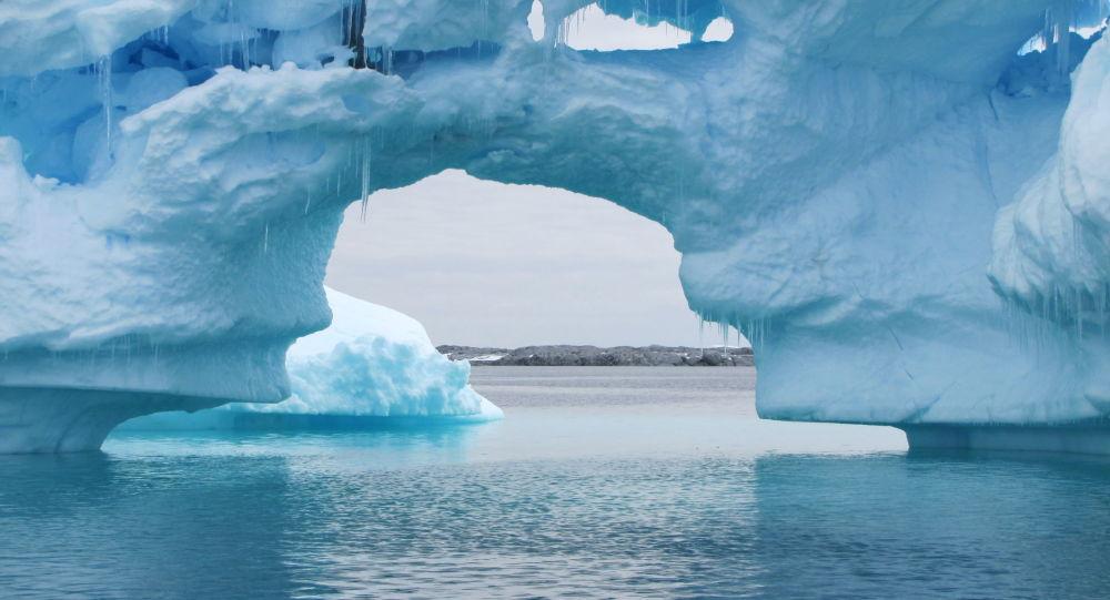 Icebergs na Antártica