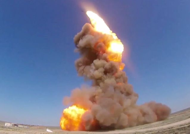 Testes do novo míssil de intercepção do sistema russo de defesa antimíssil