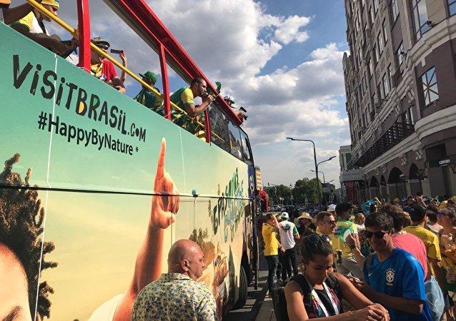 Embratur rodou Moscou de ônibus para promover o turismo no Brasil