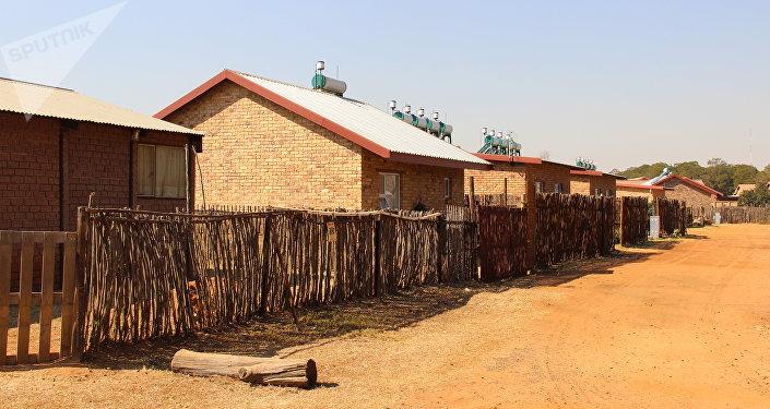 Rua com vivendas em Kleinfontein