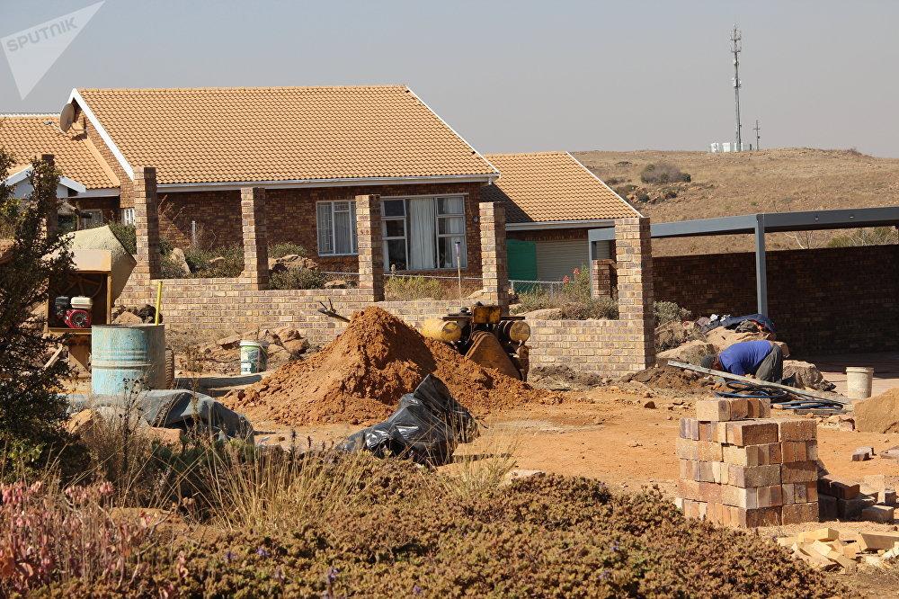 Construção de vivendas em Kleinfontein