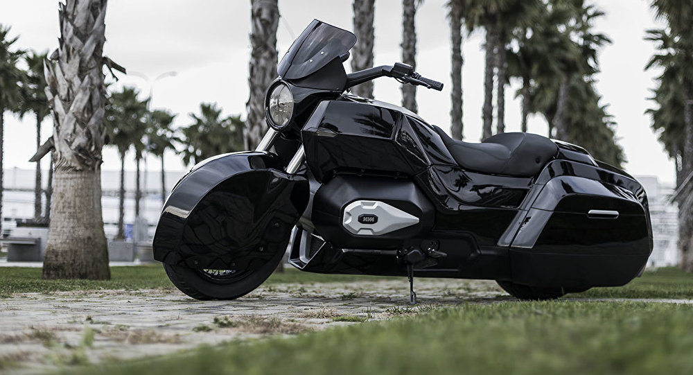 Motocicleta Izh, desenvolvida pela empresa Kalashnikov do projeto Kortezh