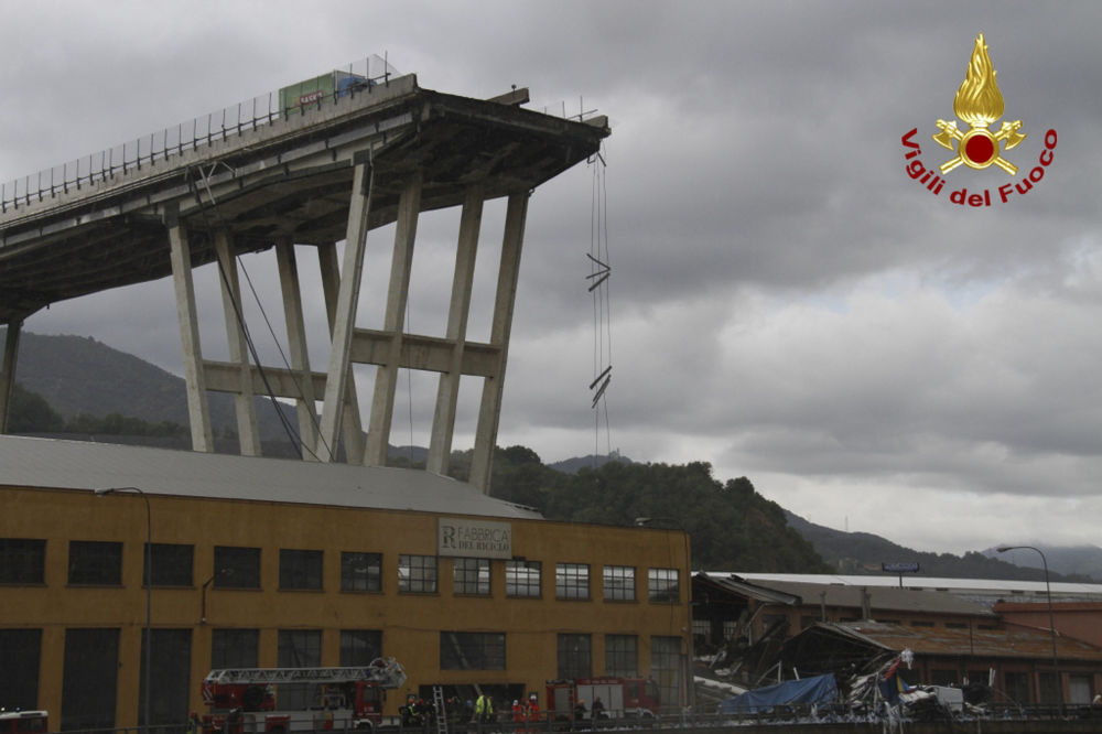 Versão preliminar diz que a causa do colapso foram falhas de engenharia na ponte