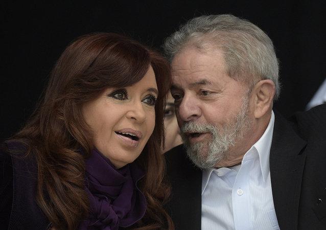Ex-presidente da Argentina, Cristina Kirchner, e o ex-presidente do Brasil, Luiz Inácio Lula da Silva