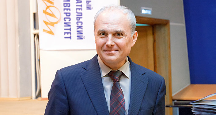 Georgy Tikhomirov, o decano da Faculdade Físico-Técnica da Universidade de Investigação Nuclear adstrita ao Instituto MIFI