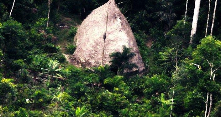 Uma oca indígena é encontrada em expediçao da Funai
