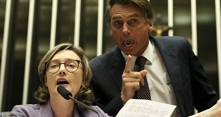 Deputada Maria do Rosário (PT-RS) e o deputado Jair Bolsonaro (PSL)