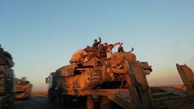 Resultado de imagem para Exército sírio envia tanques para fronteira da província de Idlib