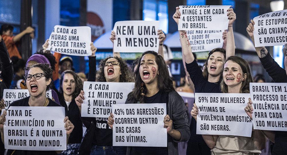 Agredidas por não serem homens  por que o Brasil é tão perigoso para as  mulheres  02fff0cc9b91c