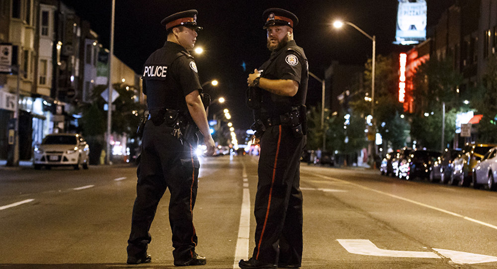 Policiais de Toronto.
