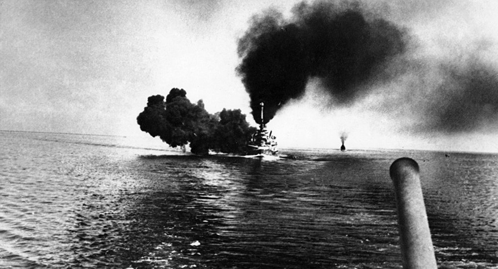 O navio de guerra alemão Schleswig-Holstein durante a batalha da Jutlândia, 31 de maio de 1916 (foto de arquivo)