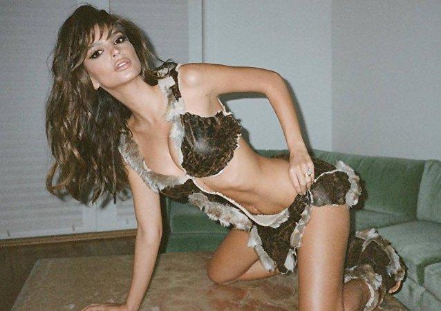 Modelo e atriz estadunidense Emily Ratajkowski