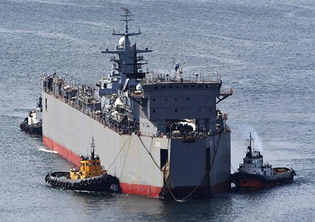 Chegada da corveta Gromky a Vladivostok, Rússia, 31 de agosto de 2018