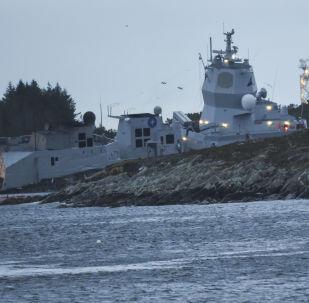Colisão da fragata norueguesa KNM Helge Ingstad com o navio petroleiro Sola TS, em 8 de novembro de 2018