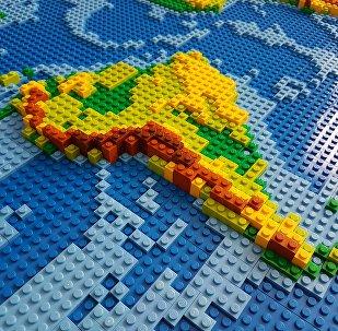 Mapa da América Latina, feito de Lego (imagem referencial)