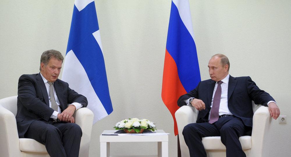 Presidente da Finlândia, Sauli Niinisto, e da Rússia, Vladimir Putin
