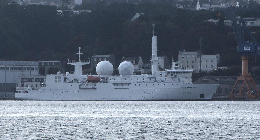 Navio de vigilância francês Dupuy de Lôme