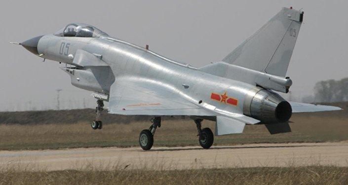 Caça chinês J-10