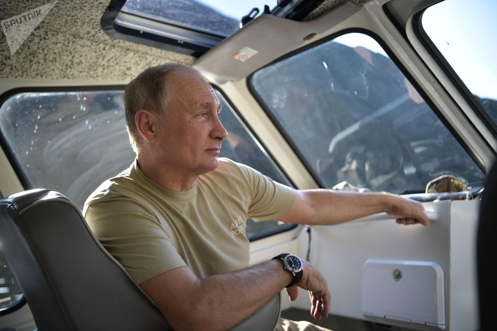 O presidente russo, Vladimir Putin, passa férias na República de Tuva, em 26 de agosto de 2018