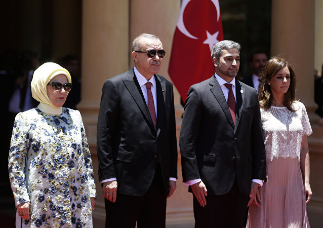 Os presidentes do Paraguai, Mario Abdo Benítez, e da Turquia, Recep Tayyip Erdogan.
