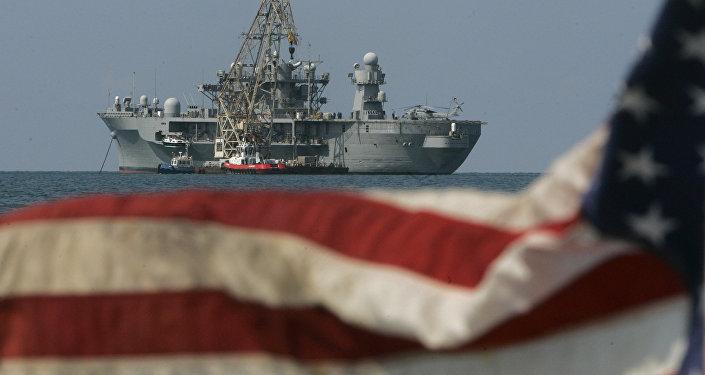 USS Mount Whitney, navio da sexta frota dos EUA (imagem de arquivo)