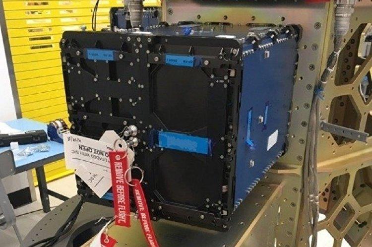 ITASAT acoplado ao foguete Falcon9
