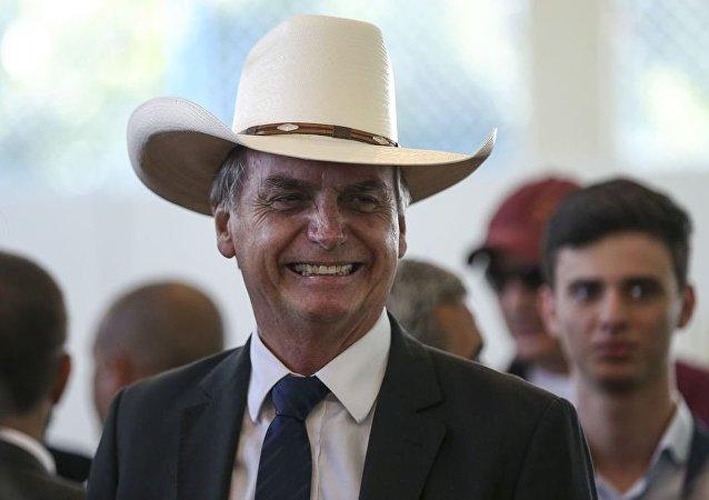 O presidente eleito, Jair Bolsonaro, participa de almoço com artistas sertanejos, no Clube do Exército, em Brasília