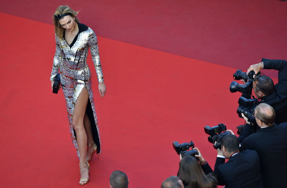 Modelo estadunidense Karlie Kloss no Festival de Cannes 2016