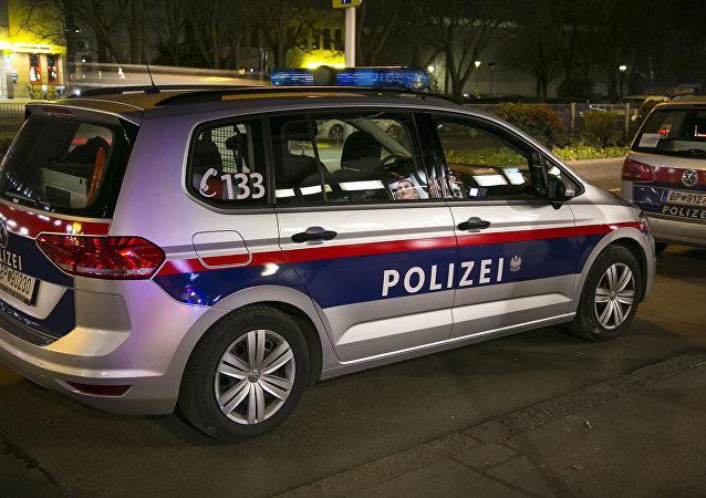 Veículo de polícia em Viena, capital da Áustria