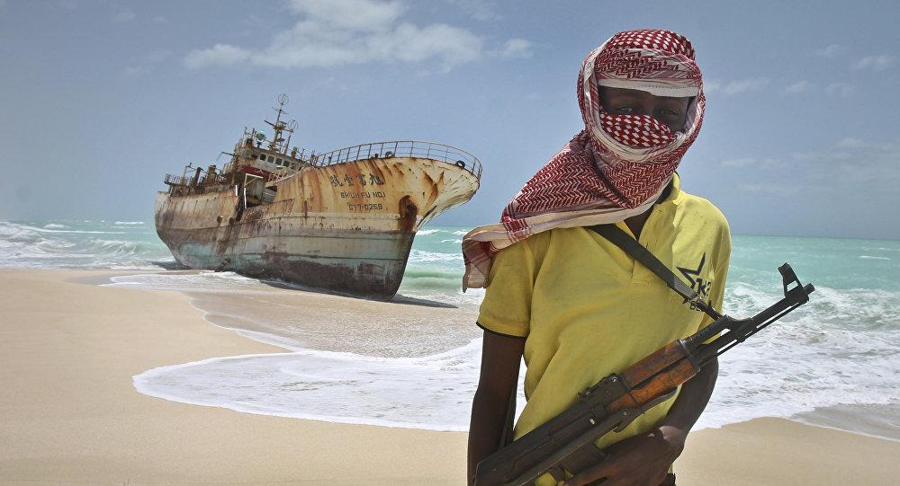 Um pirata em praia