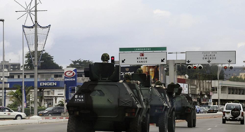 Veícolos blindados no Gabão (foto de arquivo)