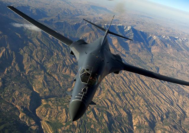 Bombardeiro estratégico dos EUA, o Rockwell B-1 Lancer (foto do arquivo)