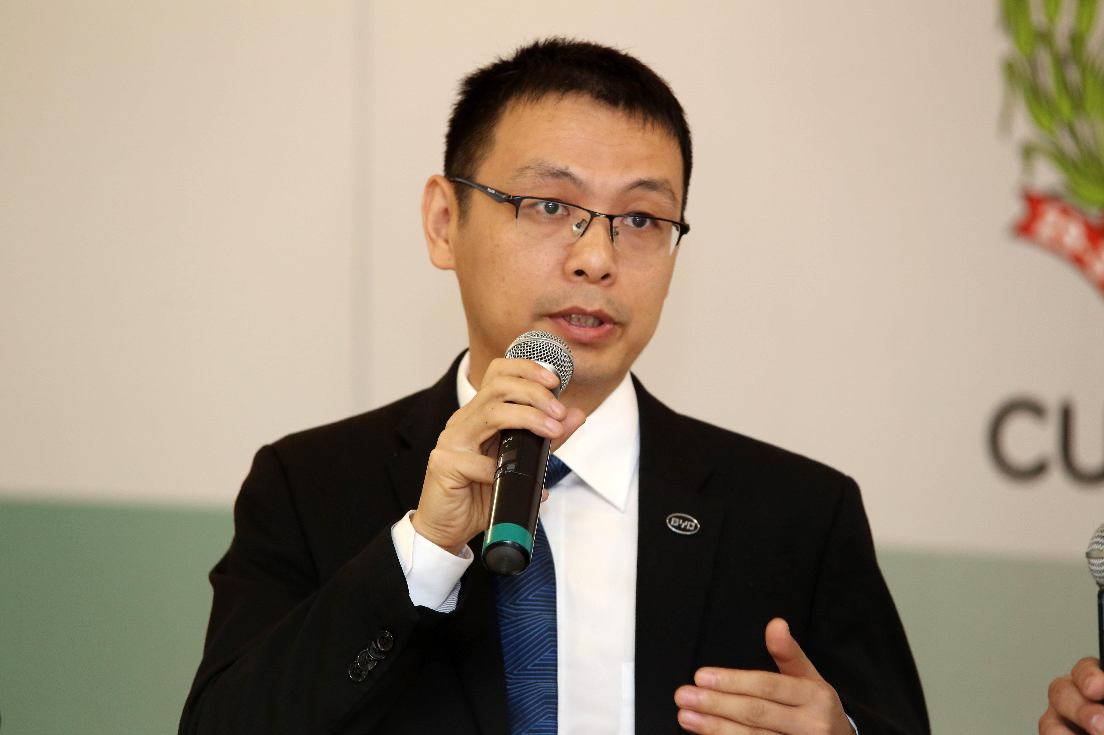 Tyler Li, presidente da BDY Brasil durante evento em Curitiba.