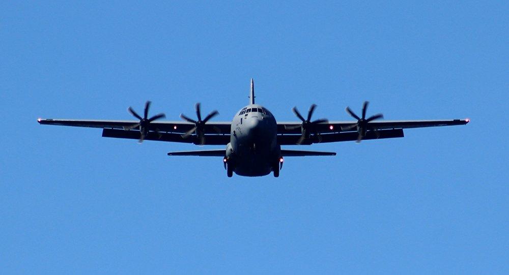 Avião militar de transporte dos EUA (imagem referencial)