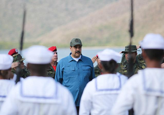 O presidente da Venezuela, Nicolás Maduro, durante exercícios militares em Turiano, na Venezuela, dia 3 de fevereiro de 2019.