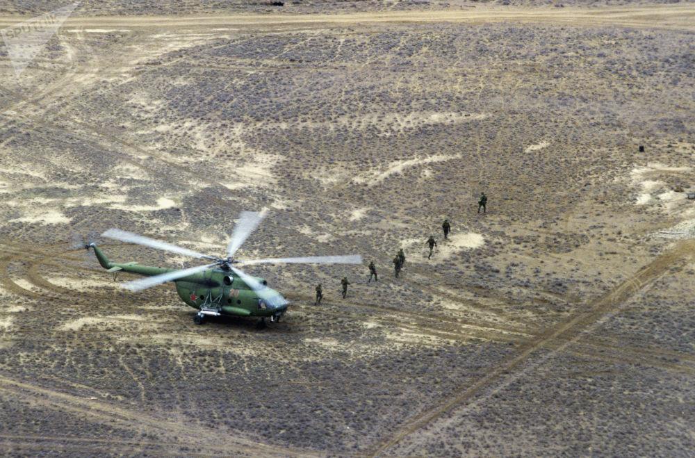 Helicóptero soviético em Hindu Kush